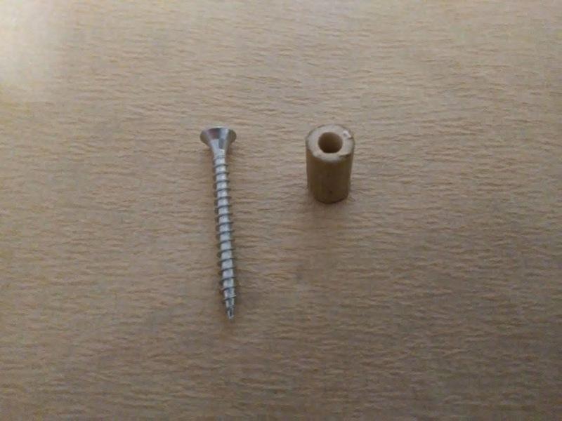 Schraube und Bambus Abstandhalter
